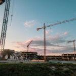 Kulfas y Béliz se reunieron con empresarios de la construcción y acordaron conformar una mesa de trabajo para reactivar el sector